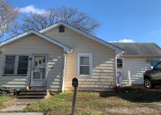 Pre Foreclosure in Bedford 47421 J ST - Property ID: 1425119817