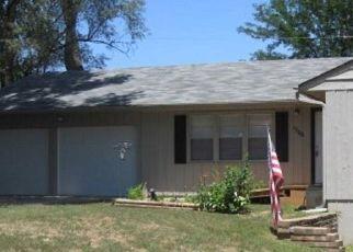 Pre Foreclosure in Topeka 66611 SW SIEBEN ST - Property ID: 1425158798
