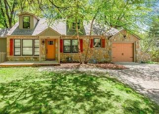Pre Foreclosure in Leawood 66206 SOMERSET DR - Property ID: 1425164937