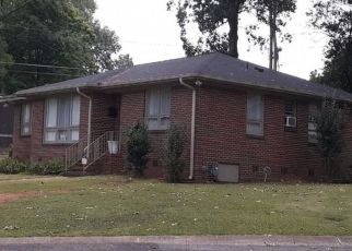Pre Foreclosure in Fairfield 35064 BELWOOD CIR - Property ID: 1425177175