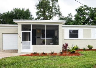 Pre Foreclosure in Jacksonville 32211 MAYAPPLE RD - Property ID: 1425192963