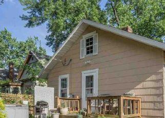 Pre Foreclosure in Mishawaka 46545 E JEFFERSON BLVD - Property ID: 1425242887