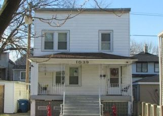 Pre Foreclosure in Forest Park 60130 ELGIN AVE - Property ID: 1425359827