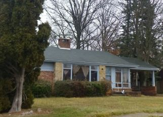 Pre Foreclosure in York 17403 KNOBHILL RD - Property ID: 1426200734