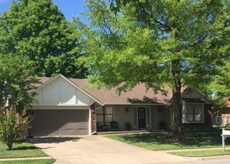 Pre Foreclosure in Owasso 74055 E 96TH PL N - Property ID: 1426588784