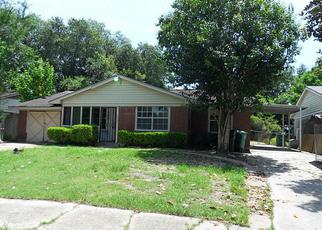 Pre Foreclosure in Houston 77034 AVENELL RD - Property ID: 1426620300