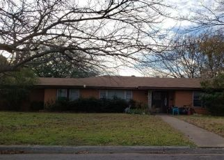 Pre Foreclosure in North Richland Hills 76180 CUMMINGS DR - Property ID: 1426757390