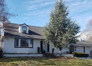 Pre Foreclosure in Langhorne 19047 SUNSET AVE - Property ID: 1427137105