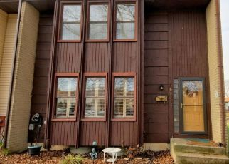 Pre Foreclosure in Hightstown 08520 GREENWICH CT - Property ID: 1427185292
