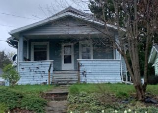 Pre Foreclosure in Waverly 14892 WAVERLY ST - Property ID: 1427211572