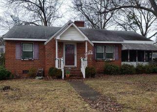 Pre Foreclosure in Roanoke Rapids 27870 E CIRCLE DR - Property ID: 1427604432