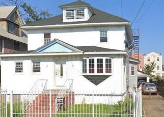 Pre Foreclosure in Far Rockaway 11691 PINSON ST - Property ID: 1427628526