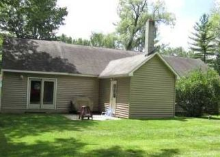 Pre Foreclosure in East Syracuse 13057 KIRKVILLE RD - Property ID: 1427689401