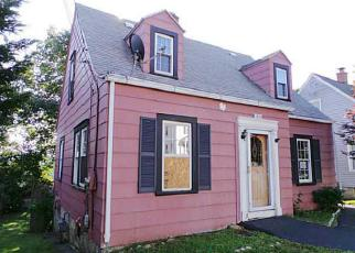 Pre Foreclosure in Torrington 06790 MAPLEWOOD AVE - Property ID: 1428043729
