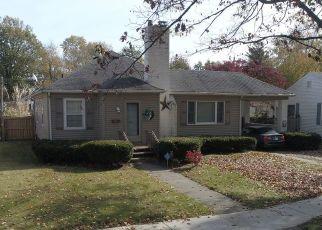 Pre Foreclosure in Terre Haute 47803 BARTON AVE - Property ID: 1428176425