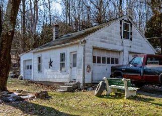 Pre Foreclosure in Douglassville 19518 DAVIDHEISER RD - Property ID: 1428782140