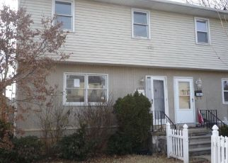 Pre Foreclosure in Reading 19601 CARBON ST - Property ID: 1429062899