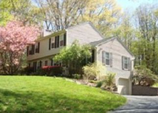 Pre Foreclosure in Newtown 06470 LITTLE BROOK LN - Property ID: 1429221880