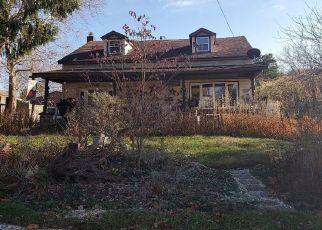 Pre Foreclosure in Etters 17319 BAMBERGER RD - Property ID: 1429338370