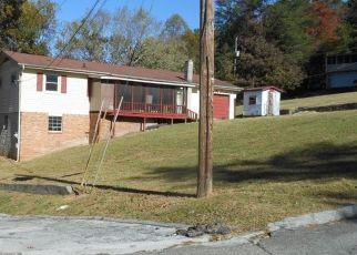 Pre Foreclosure in Hixson 37343 TRAYLOR LN - Property ID: 1429846420