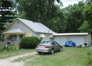 Pre Foreclosure in Caseyville 62232 BROOKFIELD DR - Property ID: 1430158254