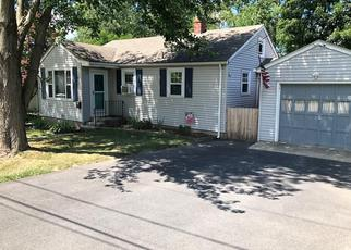 Pre Foreclosure in North Providence 02911 TOWANDA DR - Property ID: 1430227463