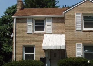 Pre Foreclosure in Pittsburgh 15227 MAYTIDE ST - Property ID: 1430529668