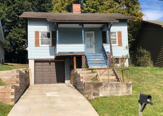 Pre Foreclosure in Verona 15147 NEWFIELD DR - Property ID: 1430553760