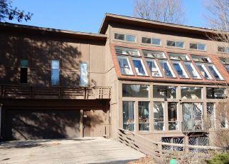 Pre Foreclosure in Bethel Park 15102 TISCHLER RD - Property ID: 1430560316