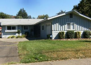 Pre Foreclosure in Grants Pass 97526 NE 10TH ST - Property ID: 1430682514