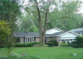 Pre Foreclosure in North Olmsted 44070 WINDSOR DR - Property ID: 1430963247