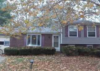 Pre Foreclosure in Burlington 41005 FEATHERSTONE DR - Property ID: 1431040788