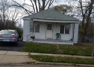 Pre Foreclosure in Pontiac 48341 HARVEY AVE - Property ID: 1431057870