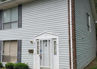 Pre Foreclosure in Greensboro 27406 E MONTCASTLE DR - Property ID: 1431132310