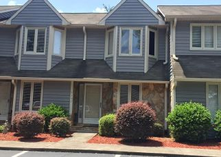 Pre Foreclosure in Winston Salem 27104 SUMMIT HEIGHTS DR - Property ID: 1431183560