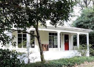 Pre Foreclosure in Pfafftown 27040 TRANSOU RD - Property ID: 1431189696