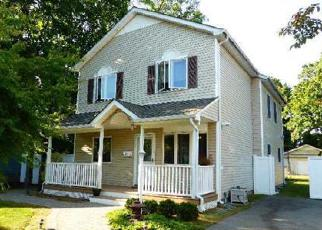 Pre Foreclosure in Islip Terrace 11752 ANDREW AVE - Property ID: 1431218144