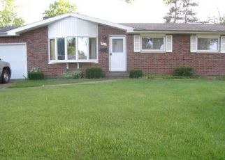 Pre Foreclosure in Hamburg 14075 BROOKWOOD DR - Property ID: 1431349996