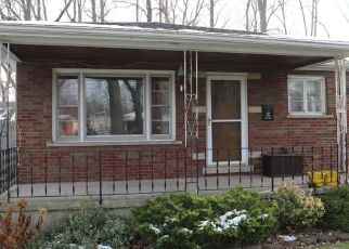Pre Foreclosure in Grand Island 14072 GREENWAY RD - Property ID: 1431358752