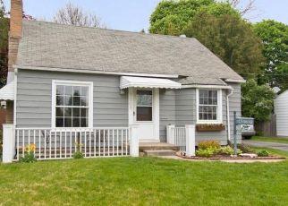 Pre Foreclosure in Grand Rapids 49503 COLDBROOK ST NE - Property ID: 1431949579