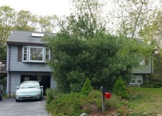 Pre Foreclosure in Attleboro 02703 CUMBERLAND ST - Property ID: 1432080532