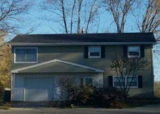 Pre Foreclosure in Merrillville 46410 POLK CT - Property ID: 1432250915
