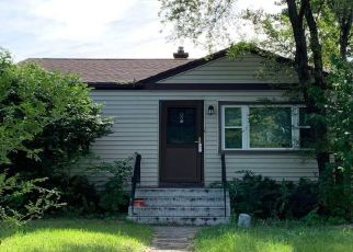 Pre Foreclosure in Hammond 46324 LINDEN AVE - Property ID: 1432251336