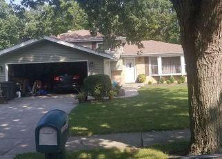 Pre Foreclosure in Crown Point 46307 S RIDGE ST - Property ID: 1432255725