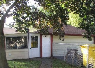 Pre Foreclosure in Griffith 46319 N JAY ST - Property ID: 1432276297