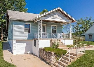Pre Foreclosure in Newport 41076 MAIN AVE - Property ID: 1432347698