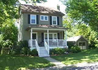 Pre Foreclosure in Bloomsbury 08804 BRUNSWICK AVE - Property ID: 1432776472