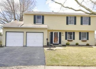 Pre Foreclosure in Columbus 43229 MEANDER DR - Property ID: 1432920111