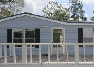 Pre Foreclosure in Keystone Heights 32656 SPRING LAKE VILLAGE RD - Property ID: 1434203836