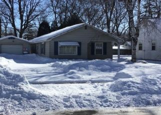 Pre Foreclosure in Green Bay 54304 WIRTZ AVE - Property ID: 1435163429